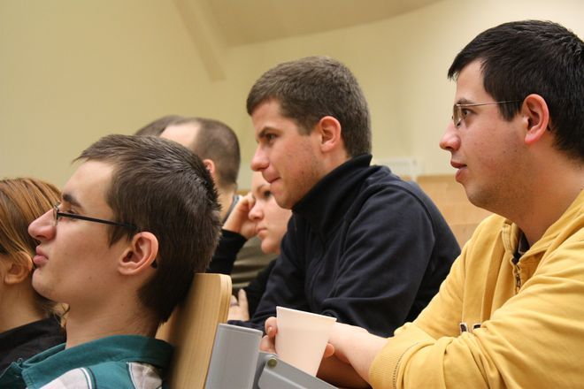 Uczestnicy warsztatów dziennikarsich.