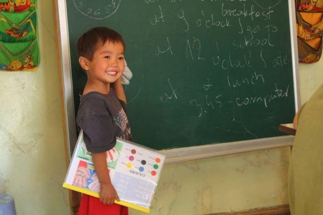 Lekcje angielskiego prowadzone przez studentów w Mongolii.