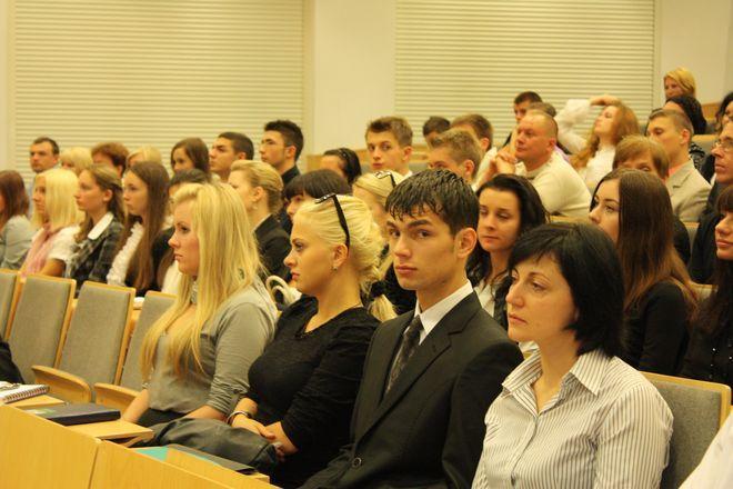 Wykładami naukowca zainteresowani są wrocławscy studenci