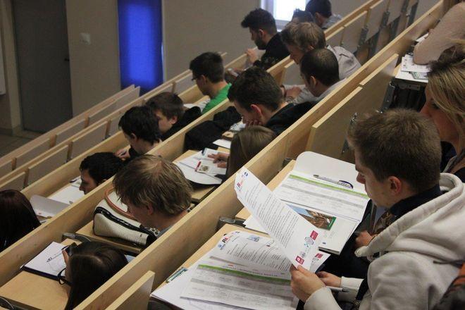 UE dołoży do studiów podyplomowych