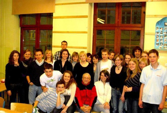 Młodzieżowa Wszechnica Dziennikarska działająca przy XIII LO.