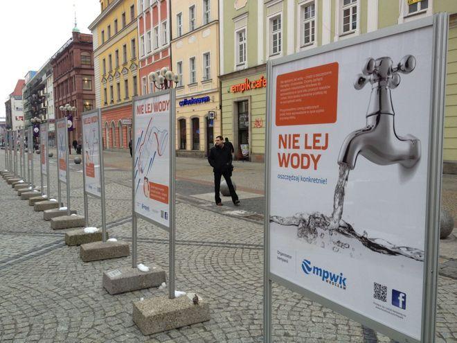 Jednym z akcentów akcji jest wystawa na ulicy Świdnickiej