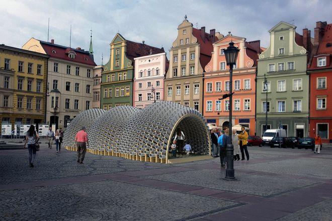 Wystawa na placu Solnym potrwa do połowy maja