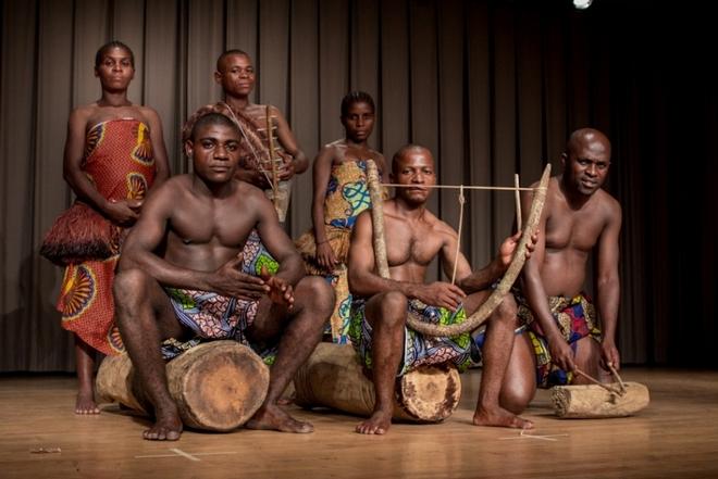 Grupę Ndima tworzą Pigmeje Aka