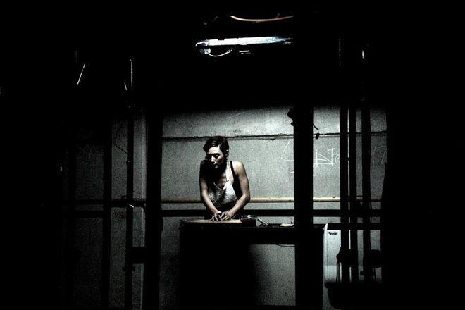 ''Herezja [Czarna]. Wiedza'', Compagnia Sineglossa; fot. Valerio Sirna