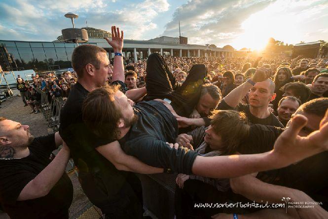 Rockowa majówka na Pergoli we Wrocławiu dla fanów muzyki była czasem rockowego szaleństwa