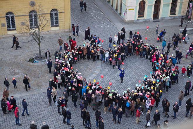 Drugi rok z rzędu, w walentyki, w Rynku powstanie ogromne serce z wrocławian