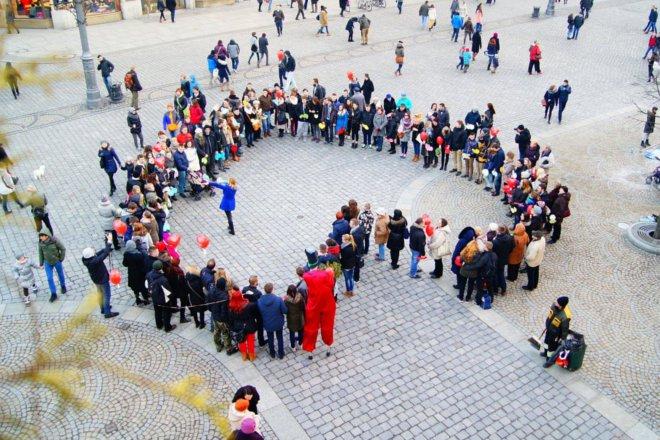 Zakochani we Wrocławiu stworzą serce