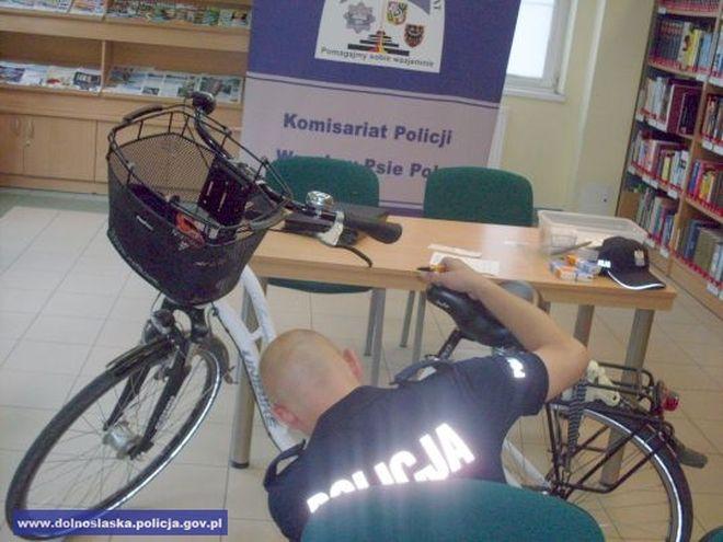 Złodzieje nic sobie nie robią z policyjnych akcji znakowania rowerów