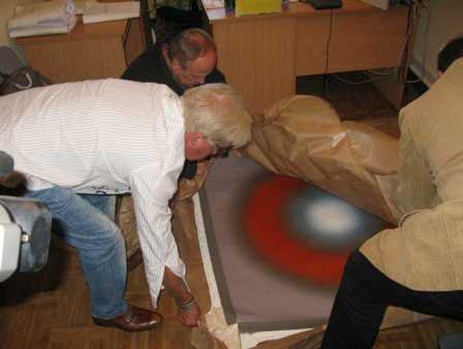 Obraz odzyskany przez wrocławską policję jest wart 250 tysięcy złotych