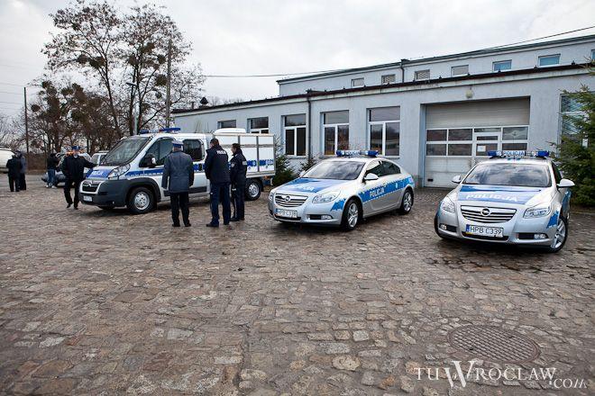 Wrocławska policja miała w poniedziałek pełne ręce roboty