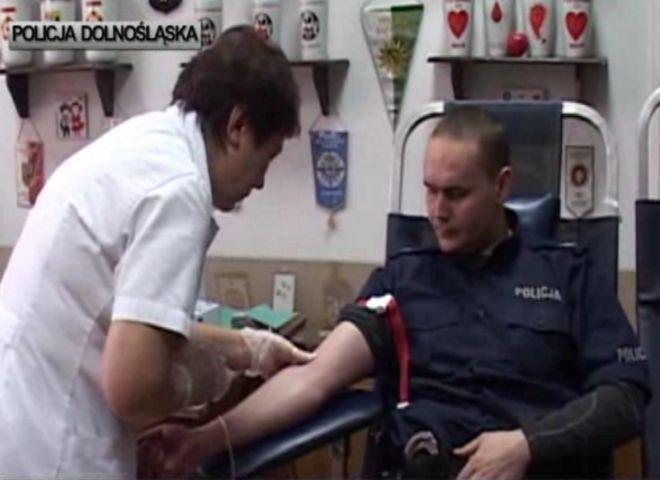 Policjanci bardzo chętnie wspierają takie akcje