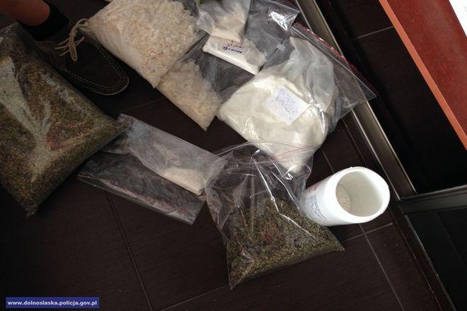 Dopalacze produkowano z różnorakich substancji