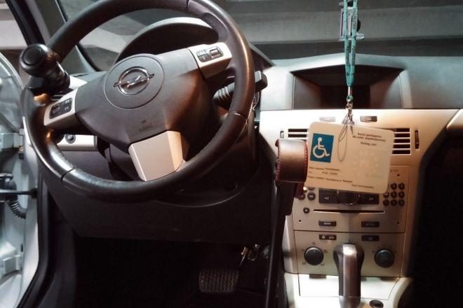 Auto przystosowane dla osób niepełnosprawnych