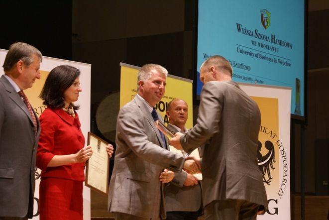 Wyższa Szkoła Handlowa jako jedyna uczelnia została nagrodzona Złotym Certyfitkatem Gospodarczym