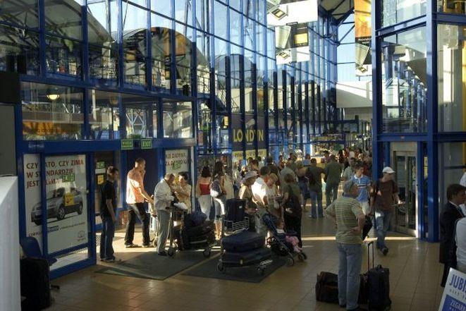 ./pliki/duze_zdjecia/biznes/Terminal_lotnisko1.jpg