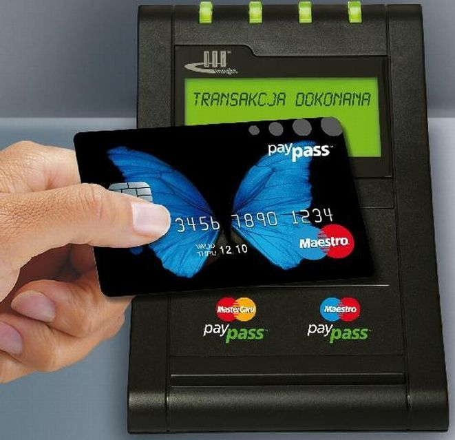 Karta prepaid MaestroCard PayPass.