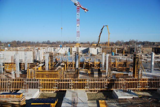 Teren budowy nowego terminalu wrocławskiego lotniska.