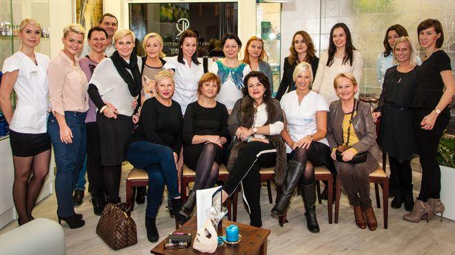 Spotkanie przyciągnęło wiele pań chcących dowiedzieć się jak odnieść sukces w branży kosmetycznej