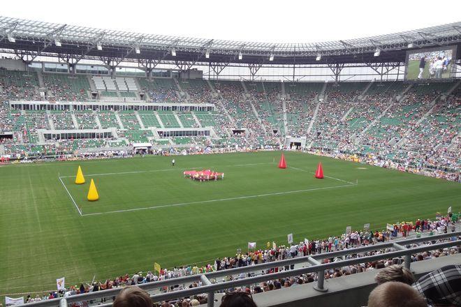 Co trzecie miejsce na stadionie było puste