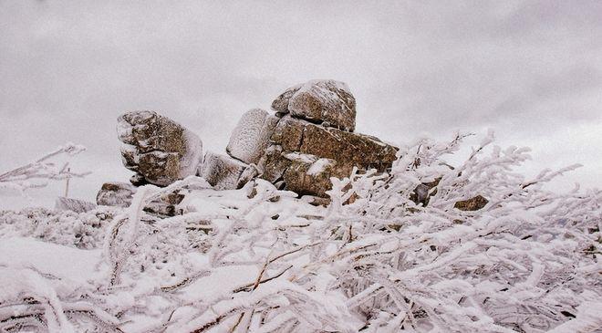 W Bieszczadach leży bardzo dużo śniegu i panują trudne warunki atmosferyczne