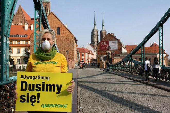 Greenpeace ostrzega przed zanieczyszczeniem powietrza w stolicy Dolnego Śląska