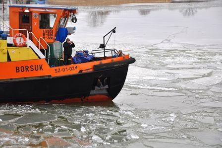 Lodołamacz Borsuk w akcji