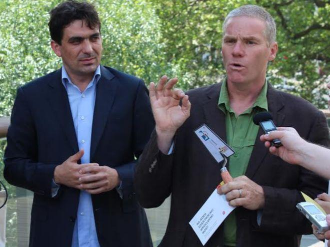 Na zdjęciu z lewej Krzysztof Maj, z prawej Chris Baldwin