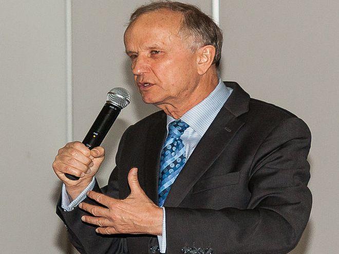 Profesor jest też członkiem Europejskiej Akademii Nauki, Sztuki i Literatury