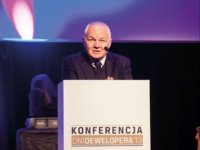 Stałym gościem kongresu jest były premier Jan Krzysztof Bielecki