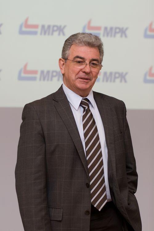 MPK: zwalniają szeregowych pracowników, zatrudniają managerów, jk