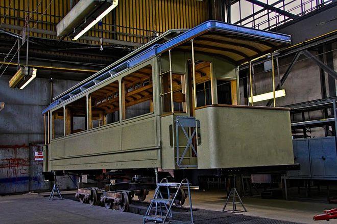 Słynny tramwaj Maximum z 1901 roku przechodzi renowację