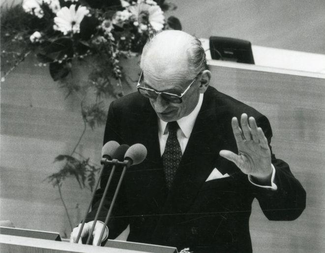 Przemówienie Ministra Spraw Zagranicznych RP, Władysława Bartoszewskiego, podczas specjalnej sesji Bundestagu i Bundesratu z okazji 50. rocznicy zakończenia II wojny światowej, Bonn, 28 kwietnia 1995.