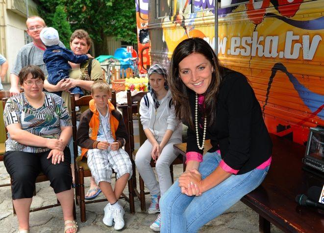 Prezenterka, Kinga Zdrojewska z dziećmi.