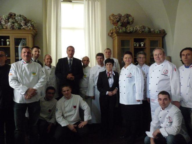Potrawy prezentowane podczas ''Europy na widelcu'' przygotują dolnośląscy kucharze.
