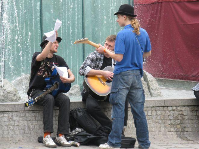 Każdy może zagrać u boku największych gitarzystów