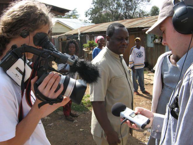 Twórcy filmu ''Monari'' na planie zdjęciowym.