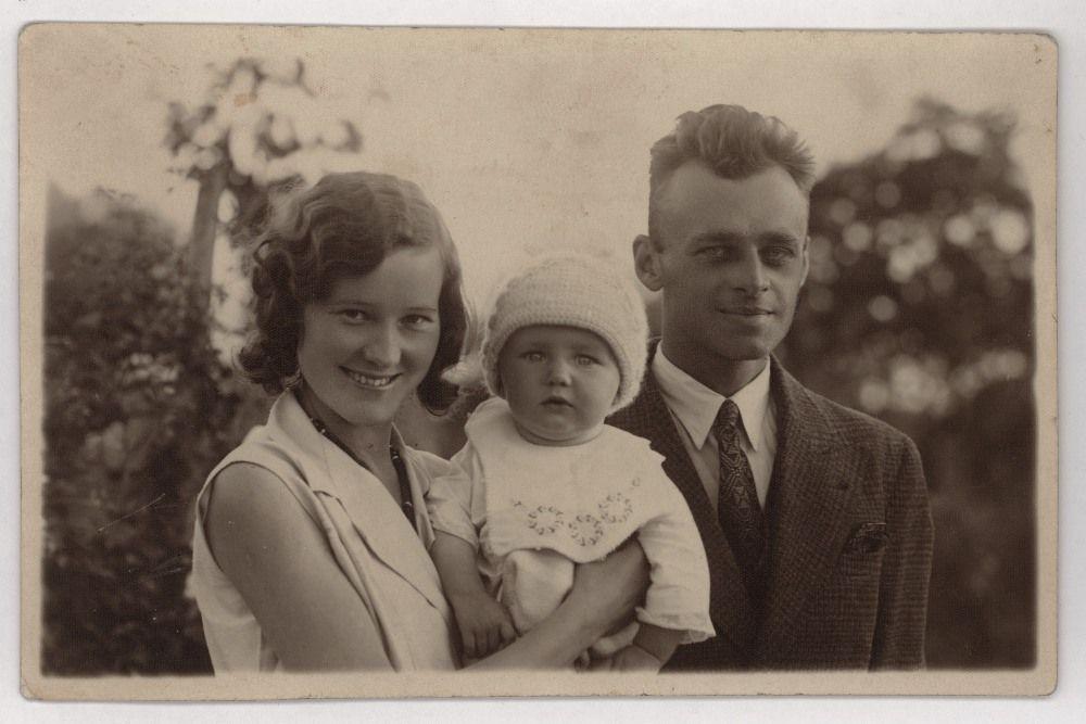 Witold Pilecki z żoną Marią i synkiem Andrzejem, 1933 r.