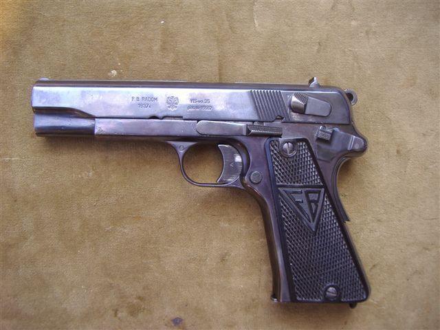 Pistolet VIS.