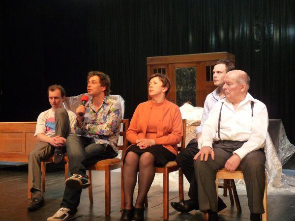 9 marca odbyła się próba prasowa ''Pułapki'' oraz spotkanie reżysera i aktorów z dziennikarzami.