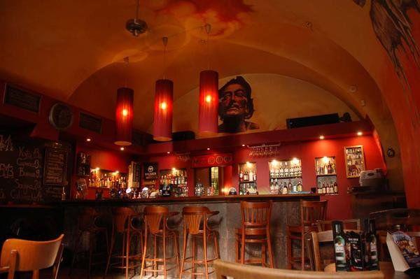 Sporo atrakcji czeka w marcu na gości klubu Salvador
