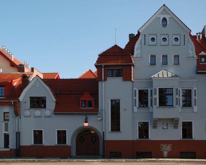 Remont siedziby rozpoczał się we wrześniu 2008 roku i trwał szesnaście miesięcy.
