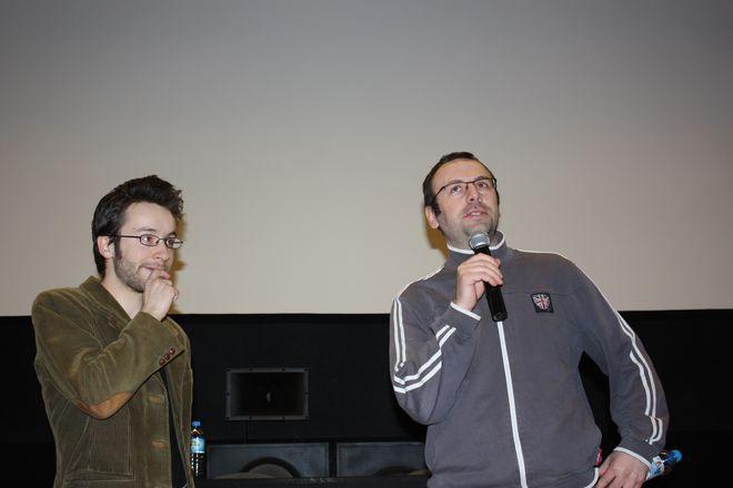 Lech Moliński i Tomasz Wolski przed projekcją filmów.