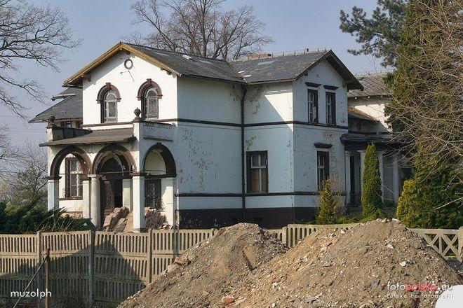 Zabytkowy pałac został mocno zniszczony
