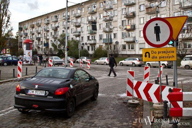 Oświetlone będą między innymi pasy w obrębie placu Orląt Lwowskich