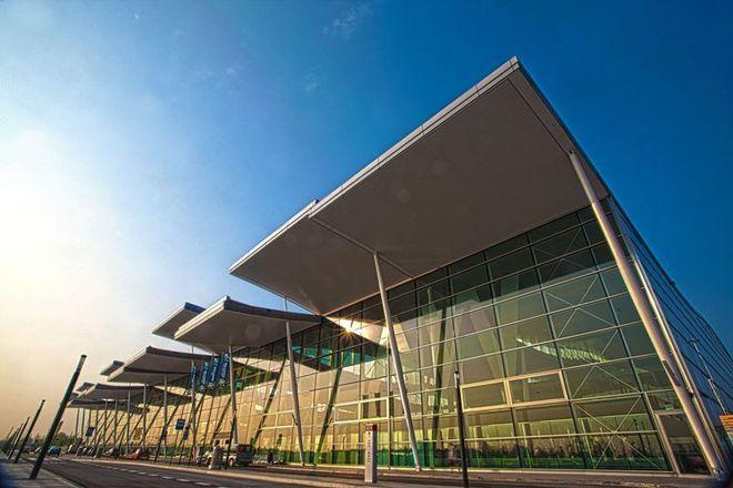 Po wybudowaniu nowego terminalu, dla wrocławskiego lotniska nastały dobre czasy