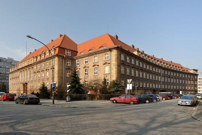 Gmach ZUS przy ul. Pretficza