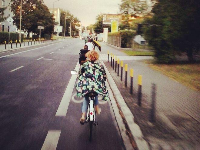 Rowerem nie warto jeździć po chodniku
