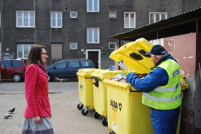 EkoDozorca pomoże i doradzi w segregowaniu odpadów na podwórku