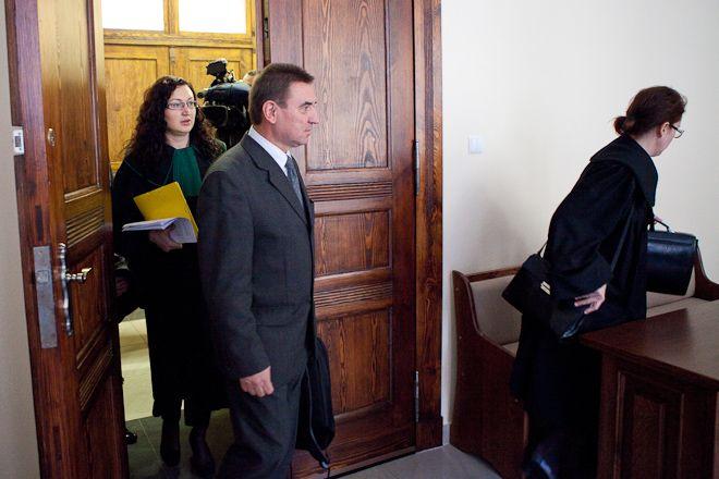 Reprezentujący Rafała Dutkiewicza mecenas Jarosław Krauze nie krył zadowolenia z decyzji sądu.